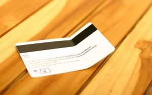 کارتهای اعتباری و شناسایی در معرض آسیب دیدن هستند